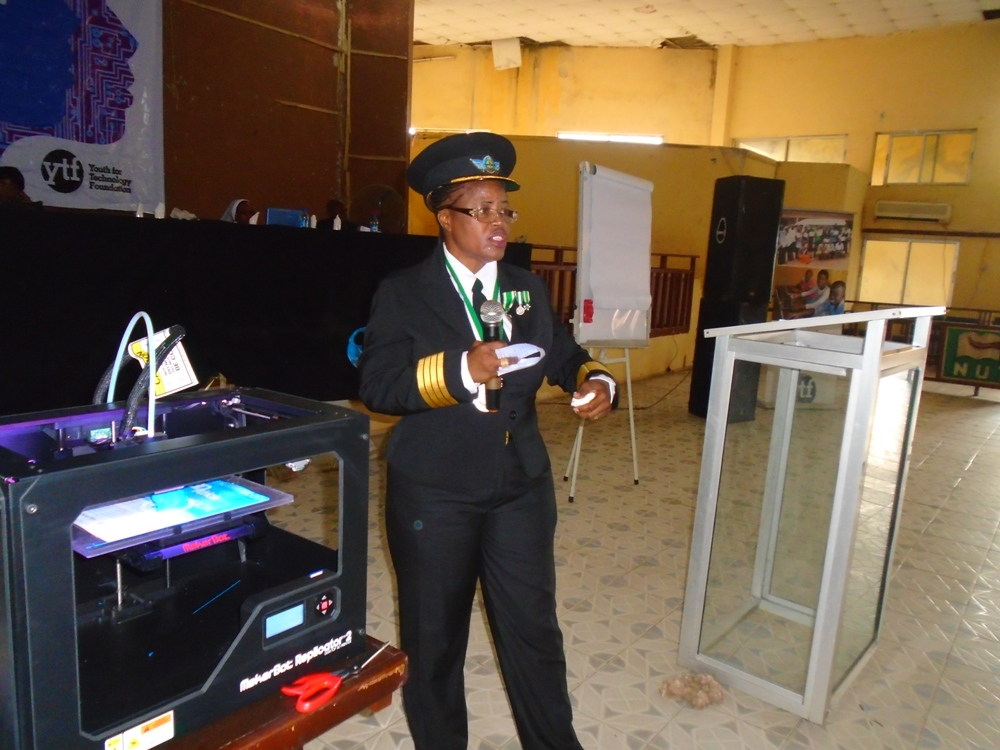 Chinyere Kalu, NIgeria's first female pilot, spoke at the event.